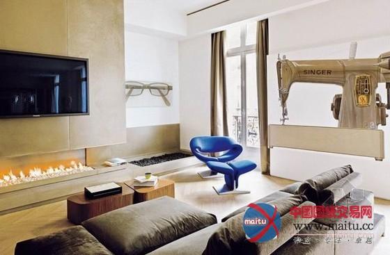 这座公寓位于法国巴黎,巴黎公寓设计,空间布满艺术气息。淡色木质地板配上了深灰色的沙发,优雅的蓝色座椅,显得舒适天然优雅,结实的厨房带着财产色采,当艳丽的紫红色餐椅呈现的时辰,带来了时尚和活力,卧室则以精练明快为主,主人是个艺术欢愉爱好者,所以家中多处都挂着布满艺术感的挂画,给全部空间带来艺术气息。 关头词:巴黎公寓 公寓设计  法国巴黎公寓设计  法国巴黎公寓设计  法国巴黎公寓设计  法国巴黎公寓设计  法国巴黎公寓设计  法国巴黎公寓设计  法国巴黎公寓设计  法国巴黎公寓设计  法国巴黎公寓设计