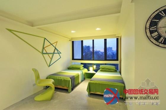 色彩绚丽的三角形主题住宅设计
