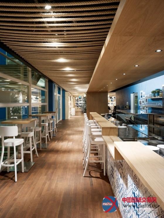 苏黎世azzurro餐厅空间设计 座椅别致